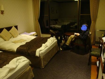 hotel_room05.jpg