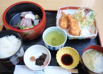 PC170075昼定食