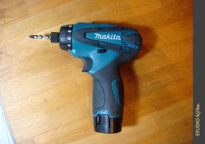 工具makita DF030DWX