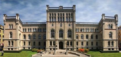 ラトビア大学