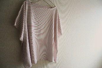 ペンシルボーダーのスクエアーシャツ