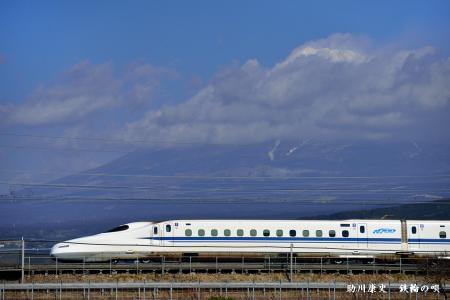 N700系と富士山?