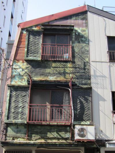 築地7丁目キャンブレン屋根の長屋②