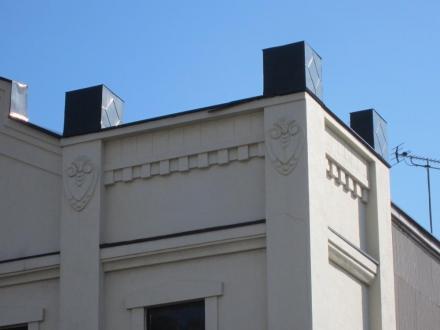 銀行のような看板建築④