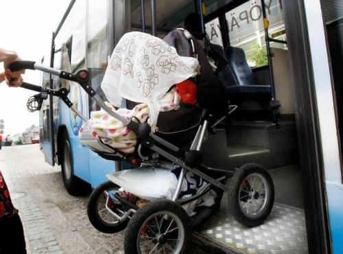 large-lastenvaunut-linja-auto.jpg