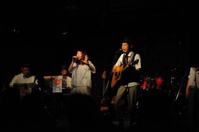 Spoon Lan Lan Lala Live 2012  2