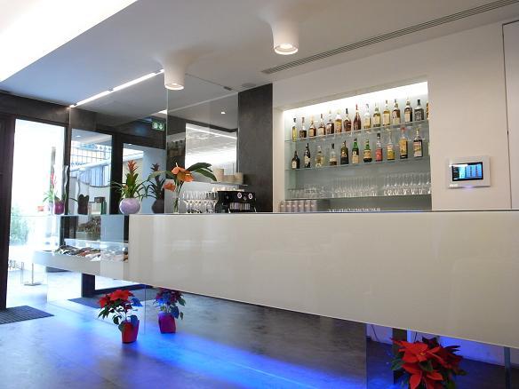 bar_20121228063025.jpg