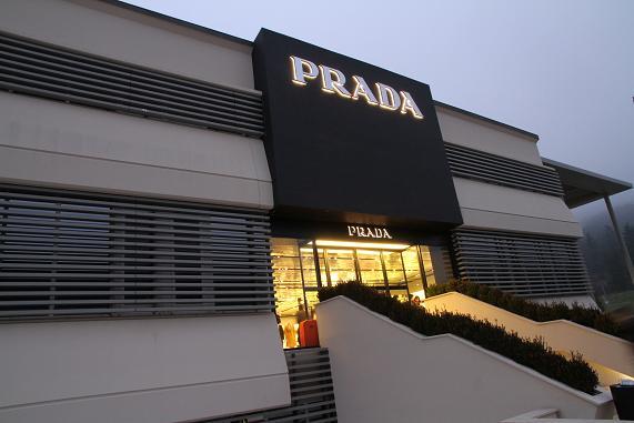 prada_20130110124232.jpg