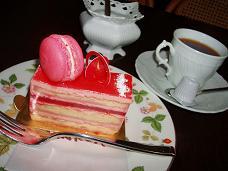 ロゼのケーキ