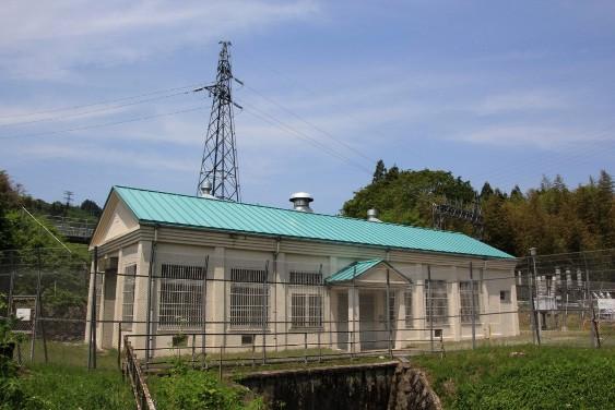 里川発電所