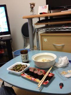 引越初日の夕ご飯
