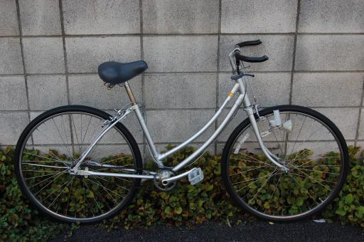 自転車の 自転車 ギア比 ママチャリ : ラグ形式の接着ガタのフレーム ...