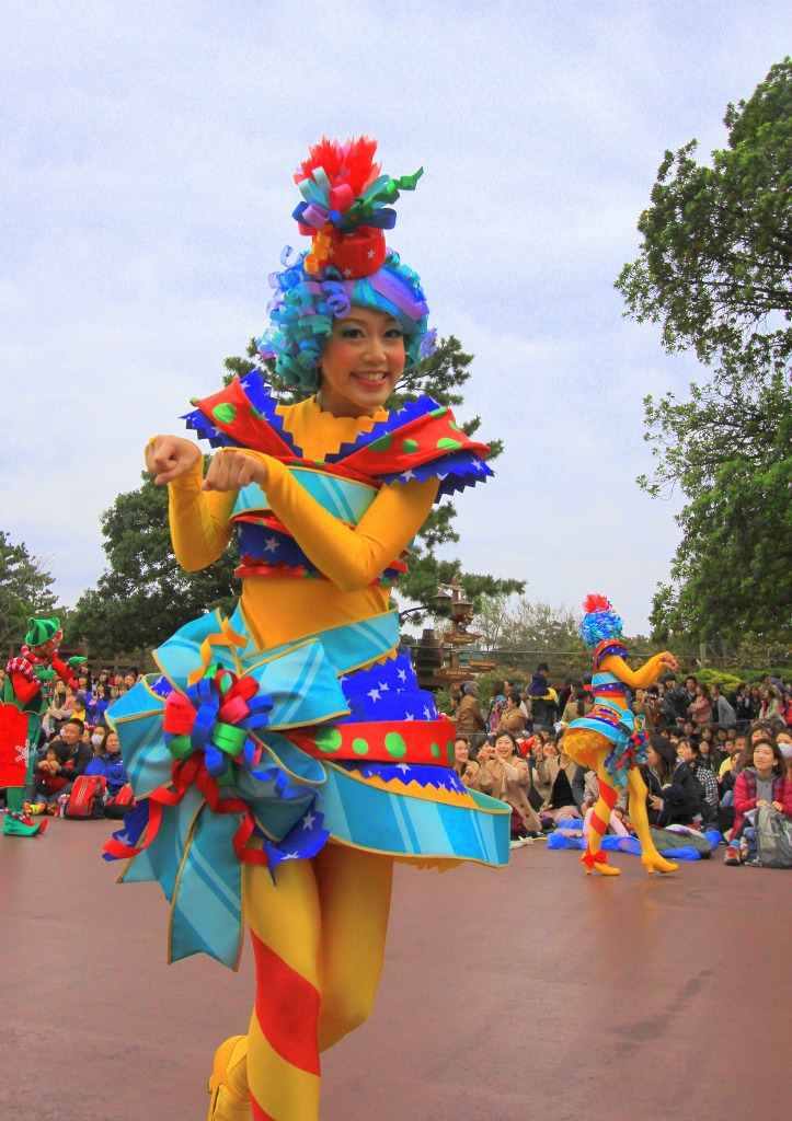 Santa Village Parade 2013