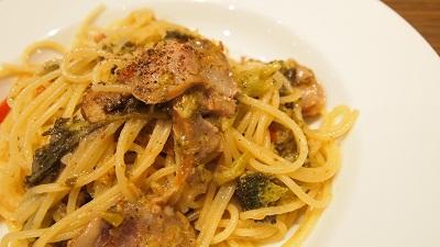 サルシッチャとブロッコリーのペペロンチーノ