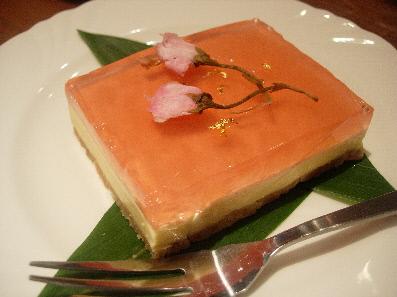 桜のホワイトレアチーズ