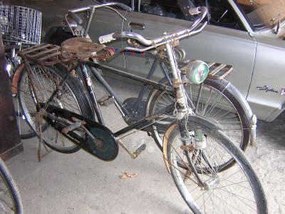 ガレージ009