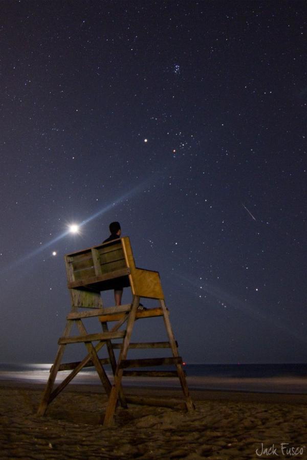 シリア爆撃(修飾用椅子から眺める夜空)image_convert_20140924211024