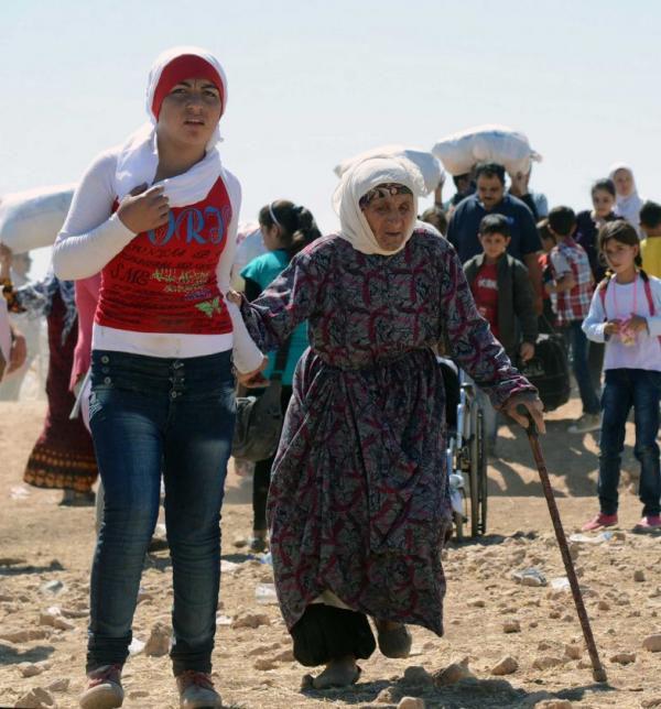 シリア爆撃(シリア難民トルコへ向かう2014年9月20日)image_convert_20140924230814