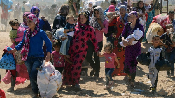 シリア爆撃(シリア難民トルコへ)image