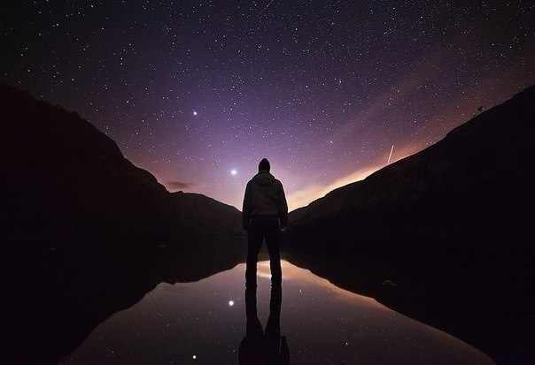 オリオン2(夜空を見る人)image