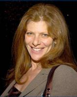 妻エリザ・ロバーツ