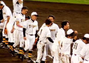 絵日記9・10広島勝ち2