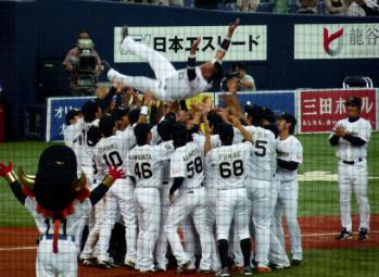 絵日記10・7オリ引退式5