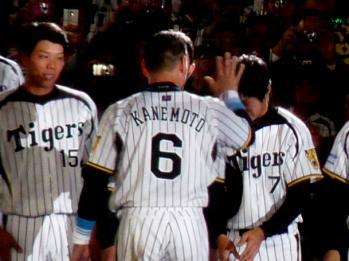 絵日記10・19兄貴引退5