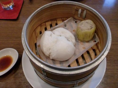 セイロ二段(点心二種、播州赤鶏とザーサイの蒸しもの、XO醤風味)(EVOLVE)120718+007_convert_20120718230150