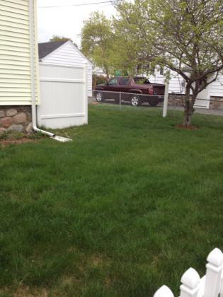 lawn4-26-01.jpg