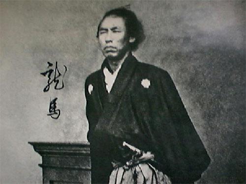 坂本龍馬より過大評価されてる日本史の偉人っている?