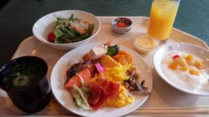 食べ過ぎ朝ごはん