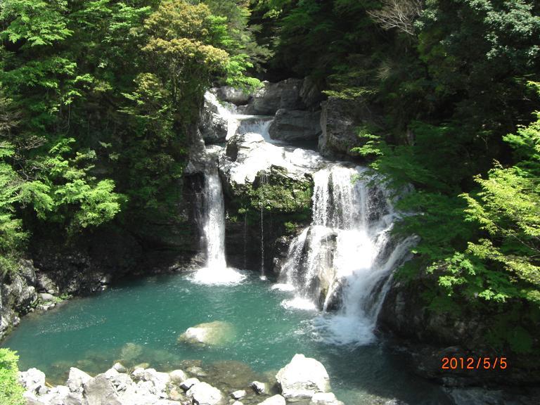 大轟の滝-2