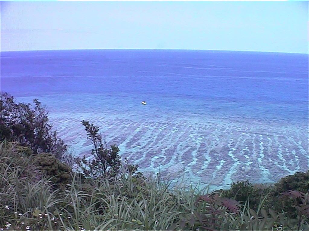 <海坂> 水平線のゆるやかな傾斜弧