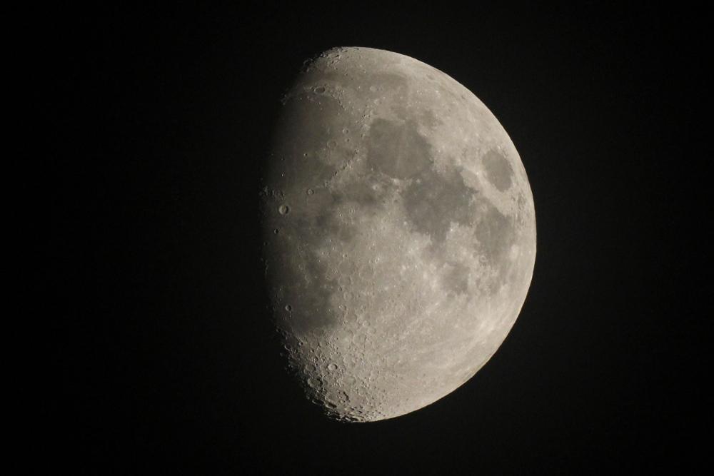 月 大阪にて