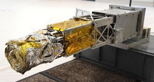 ESA_gossamer_deorbit_sail_testing.jpg