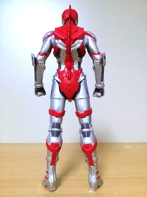 ULTRAMAN5巻特装版フィギュア3