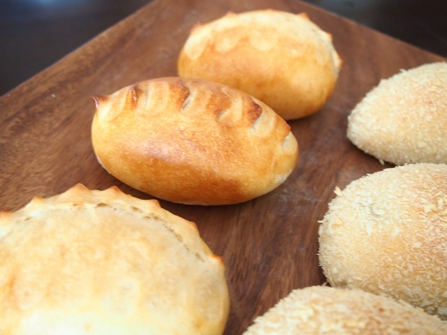 焼きカレーパン3