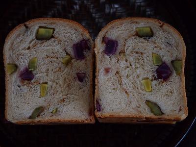 むらさき芋パン5