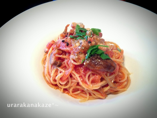 ベーコンときのこのトマトソースのスパゲッティ