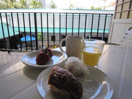 ラナイで朝食
