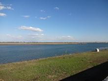 13:43 揖斐川(いびがわ) ~この辺りで長良川と合流し、伊勢湾に流れてます。