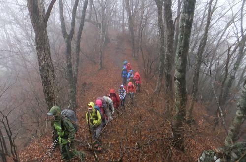 御坂山への登り