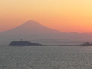 富士山と夕陽0429s