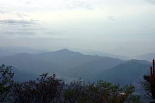 飯盛山青葉山遠景