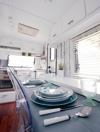 simple-caravan-interior-plans.jpg