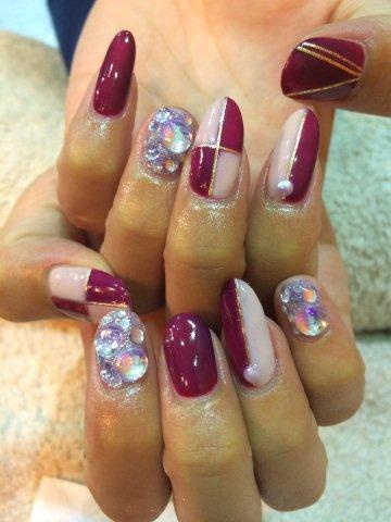 nail260908.jpg