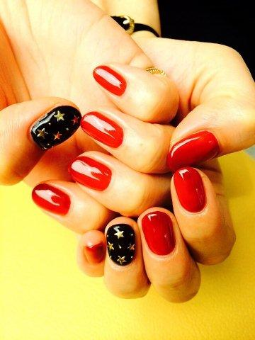 nail260920.jpg