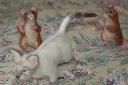 スキップ猫ネズミ