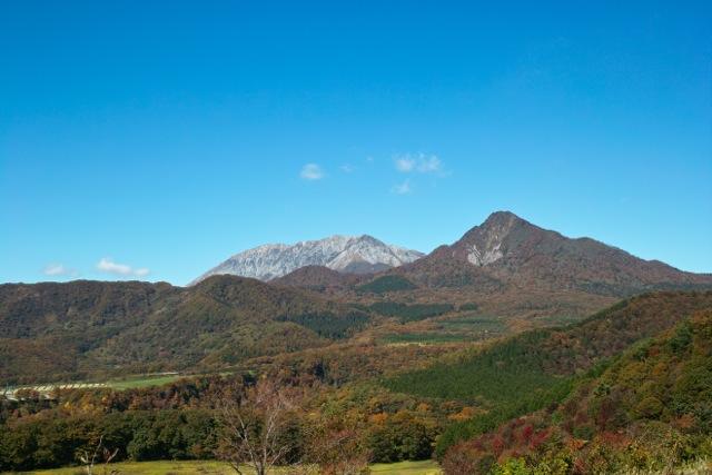 鬼女台からの大山と烏ヶ山